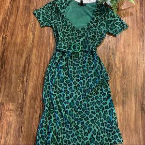 // betsy johnson unique green leopard dress //